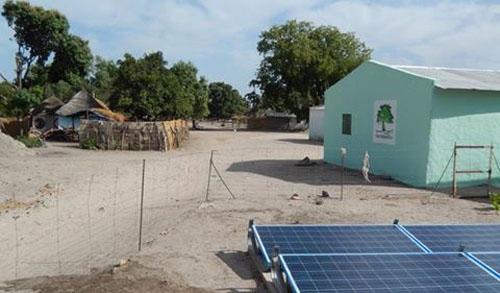 A Mansarinko, une centrale solaire révolutionne la vie des populations
